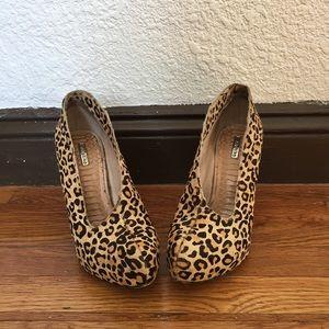 Matiko Shoes - Matiko Leopard Print Wedge